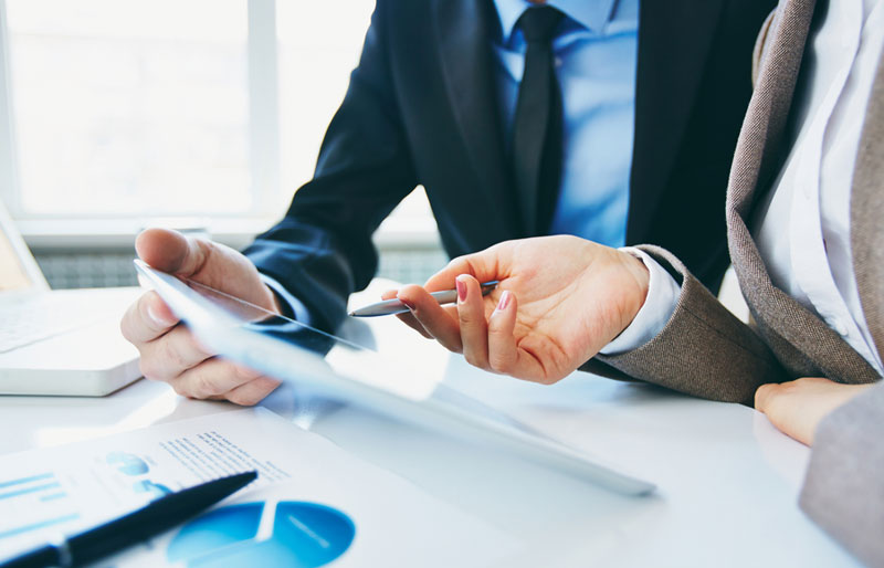 How Utilizing a Professional Accounting Service Benefits Small ...